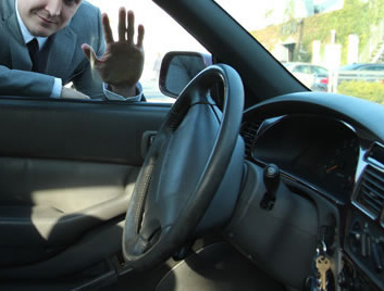 How to Unlock a Car Door without Keys - Lifehack